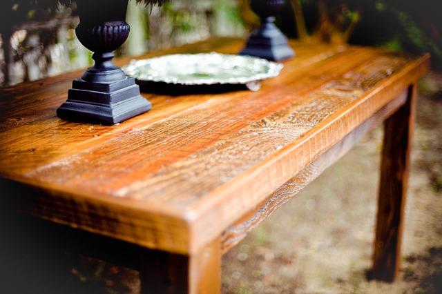 venkovský stůl