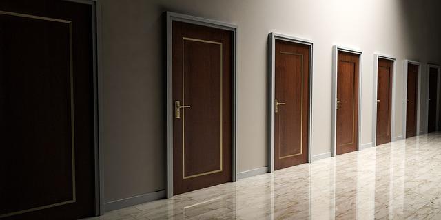 únikové dveře