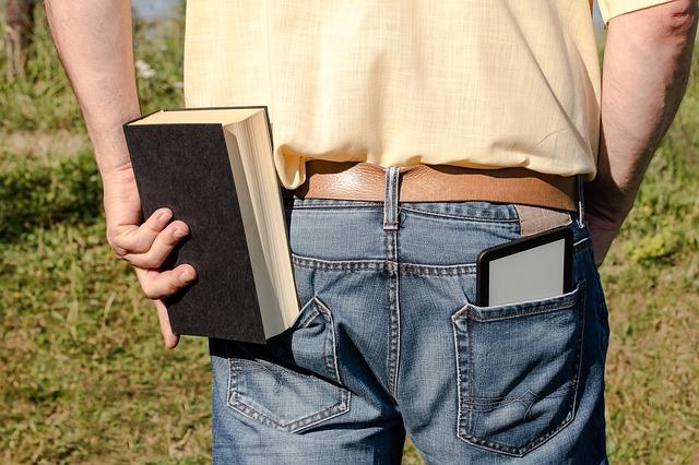 kniha a e-kniha